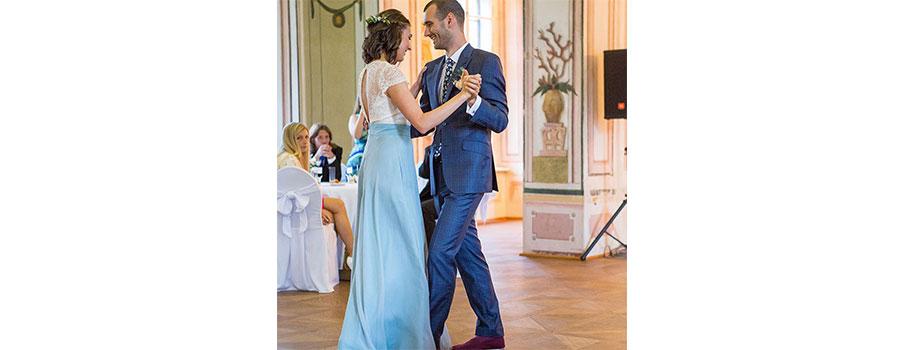 Nikdy jsem si nepředstavovala svatbu v dlouhých bílých šatech a na zámku.  Ale když už jsme nakonec měli svatbu na zámku 1b709c5fce
